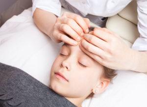 canberra-osteopath-for-children-best-osteopathy-canberra-woden-shutterstock_676772221