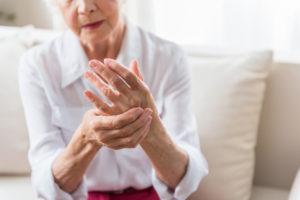 osteopathy-arthritis-best-osteopath-canberra-shutterstock_713128687