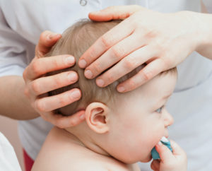 osteopathy-baby-best-canberra-osteopath-maxwell-fraval-woden-cranial-osteopath-shutterstock_657665935